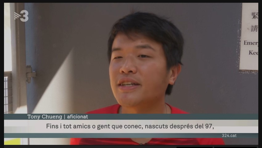 Captura de pantalla de la notícia de TV3 on apareix Tony Chueng parlant